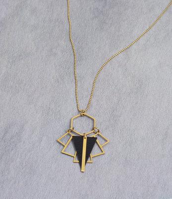 Lange art deco zwart triangle gouden ketting