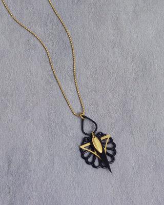 Lange art deco zwarte fijne gouden ketting