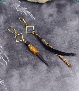 Boho asymetrische zwarte staaf oorhangers
